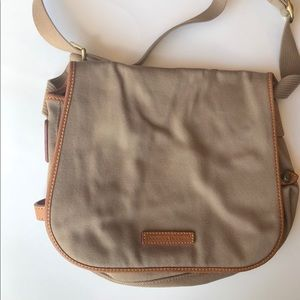 Dooney and Burke crossbody messenger bag tan